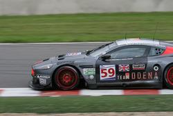 Stavelot: #59 Team Modena Aston Martin DBR9: Antonio Garcia, Christian Fittipaldi