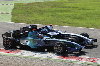 Jenson Button, Honda Racing F1 Team, RA107 and Nico Rosberg, WilliamsF1 Team, FW29
