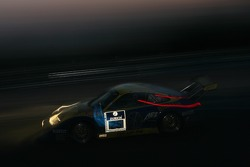 #25 Land Motorsport Porsche GT3 RSR: Marc Basseng, Marc Hennerici, Frank Stippler