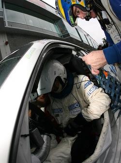 Pitstop for #30 Mühlner Motorsport Porsche 997 GT3 Cup: Heinz-Josef Bermes, Ulf Karlsson