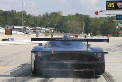 #27 Lista Doran Racing pit stop