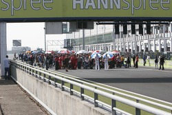 Superstock 1000 Starting grid activity