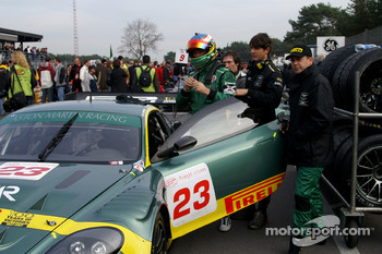Aston Martin Racing BMS Aston Martin DBR9: Fabio Babini (with helmet), Jamie Davies (right)