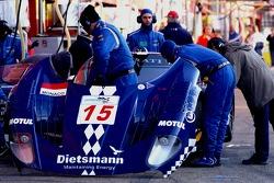#15 JMB Racing Maserati MC 12