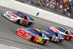 Jeff Gordon leads David Ragan, Johnny Sauter and Kasey Kahne