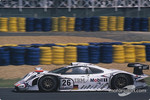#26 Porsche AG Porsche 911 GT1-98: Allan McNish, Stphane Ortelli, Laurent Aiello
