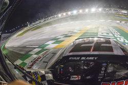 Ganador de la carrera Ryan Blaney, Team Penske Ford
