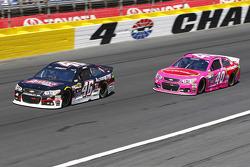 Michael Annett, HScott Motorsports Chevrolet and Landon Cassill, Hillman Circle Sport LLC Chevrolet