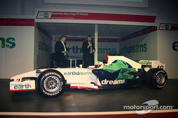 Ross Brawn Team Principal, Honda Racing F1 Team, Alexander Wurz, Test Driver, Honda Racing F1 Team