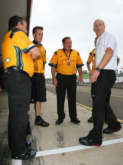 Alan Jones, Seat Holder of A1 Team Australia with  MBT Trainers