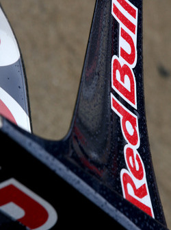 Toro Rosso front wing details