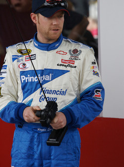 Raybestos Rookie of the Year radio-controlled car race event: Regan Smith