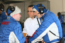 Saulnier Racing team members discuss