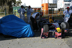 The crashed cars Sebastian Vettel, Scuderia Toro Rosso and David Coulthard, Red Bull Racing