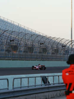 Dan Wheldon crashes in Turn Four