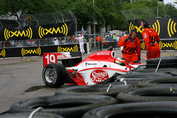 Townsend Bell in trouble