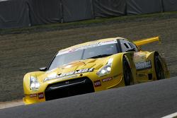 #3 YellowHat Yms Tomica GT-R: Ronnie Quintarelli, Naoki Yokomizo