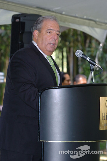 Mayor Bob Foster