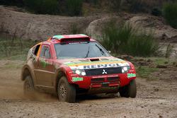Repsol Mitsubishi Ralliart Team: Hiroshi Masuoka tests the Mitsubishi Pajero/Montero Evolution MPR14