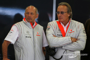 Ron Dennis, McLaren, Team Principal, Chairman and Mansour Ojeh, Commercial Director of the TAG McLaren