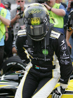 Tomas Scheckter after his qualifying run