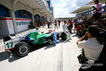 Rubens Barrichello, Honda Racing F1 celebrates his 257th GP