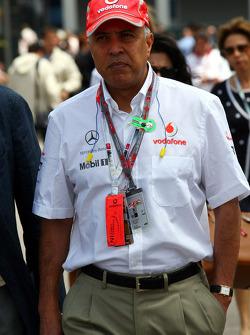 Arun Sarin CEO Vodafone Group