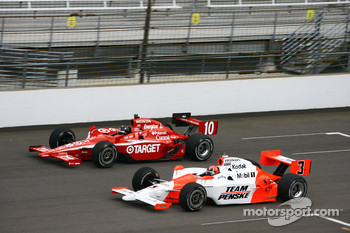 Helio Castroneves and Dan Wheldon