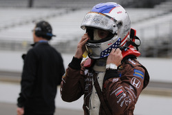 Marco Andretti getting ready
