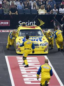 The NASCAR Sprint Pit Crew Challenge at the Time Warner Cable Arena in Charlotte: the Juicy Fruit Ganassi crew