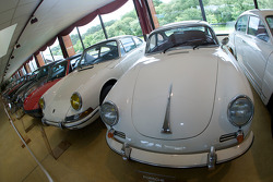 Porsche 350 and 911 cars