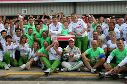 Rubens Barrichello celebrates third place finish with Honda Racing F1 team members