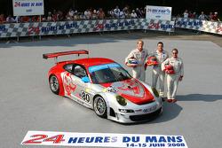 #80 Flying Lizard Motorsports Porsche 911 GT3 RSR: Jorg Bergmeister, Johannes van Overbeek, Seth Neiman