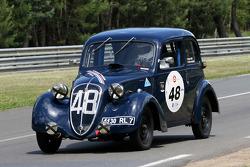 #48 Simca 8 1938: Evelyne Heise, Jean-Pierre Jaussaud