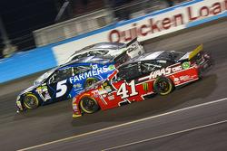 Kurt Busch, Stewart-Haas Racing Chevrolet and Kasey Kahne, Hendrick Motorsports Chevrolet