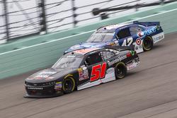 Jeremy Clements, Jeremy Clements Racing Chevolet and Kyle Larson, Hscott Motorsports Chevrolet