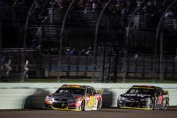 Jeff Gordon, Hendrick Motorsports Chevrolet and Martin Truex Jr., Furniture Row Racing Chevrolet