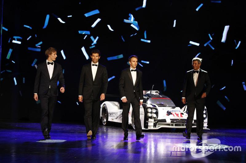 Brendon Hartley, Mark Webber and Timo Bernhard with the title-winning #17 Porsche 919 Hybrid.