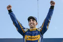 埃斯特雷角ePrix胜利者——塞巴斯蒂安·布耶米