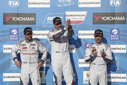 Podium: winner Yvan Muller, Citroën C-Elysee WTCC, Citroën World Touring Car team, second place Sébastien Loeb, Citroën C-Elysee WTCC, Citroën World Touring Car team, third place Jose Maria Lopez, Citroën C-Elysee WTCC, Citroën World Touring Car team