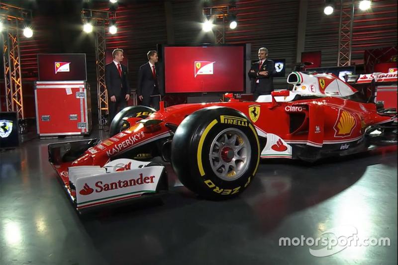 Sebastian Vettel, Ferrari, Kimi Raikkonen, Ferrari and Maurizio Arrivabene, Ferrari Team Principal