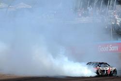 Sieger Kevin Harvick, Stewart-Haas Racing Chevrolet