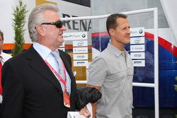 Willi Weber, Driver Manager, Michael Schumacher, Test Driver, Scuderia Ferrari
