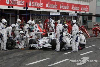 Pitstop of Nick Heidfeld, BMW Sauber F1 Team