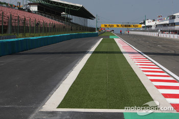 Circuit Modifications at the last corner