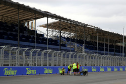 Valencia Circuit preparations