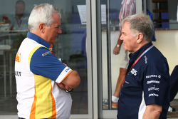 Pat Symonds, Renault F1 Team, Executive Director of Engineering and Patrick Head, WilliamsF1 Team, Director of Engineering