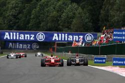 Kimi Raikkonen, Scuderia Ferrari, F2008, Sébastien Bourdais, Scuderia Toro Rosso, STR03