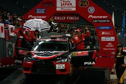 Podium: Fumio Nutahara and Hakaru Ichino