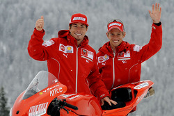 Nicky Hayden and Casey Stoner with the new Ducati Desmosedici GP9